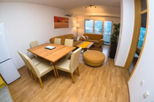Foto Hotel: Royal Apartment, Banja Luka
