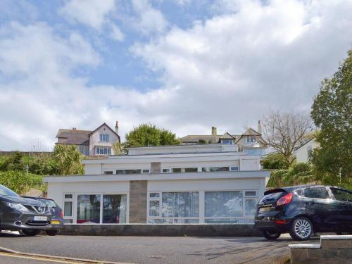 Hotel Pictures: The Pines, Brixham