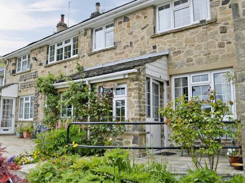 Hotel Pictures: Pipit Cottage, Burnsall