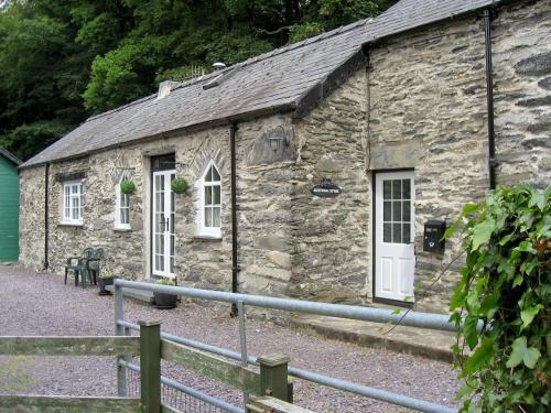 Glyntwrog Cottage