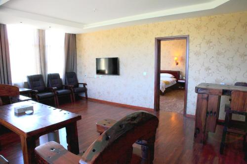 Hotel Pictures: Yili Black Bee Manor Eco Hotel, Nilka