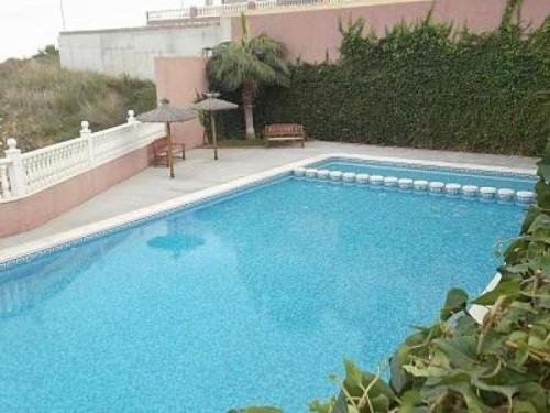 Hotel Pictures: Bungalow in Santa Pola 100406, Puerto Marino
