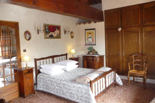 Hotel Pictures: , Seillons-Source-d'Argens