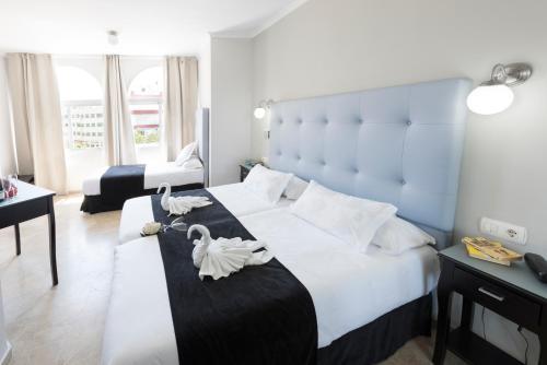 Hotel Pictures: Hotel Jimesol, Nerja
