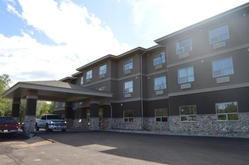 Hotel Pictures: Cobble Creek Lodge, Maple Creek