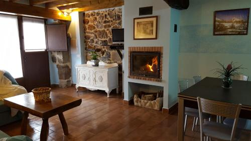 Hotel Pictures: , Quintana de Soba