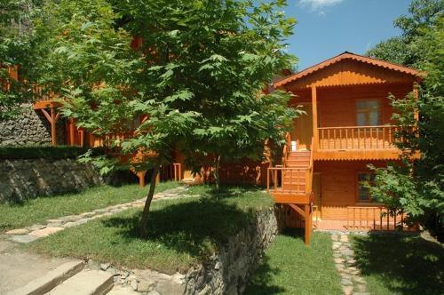 Kapuzbasi Selale Motel