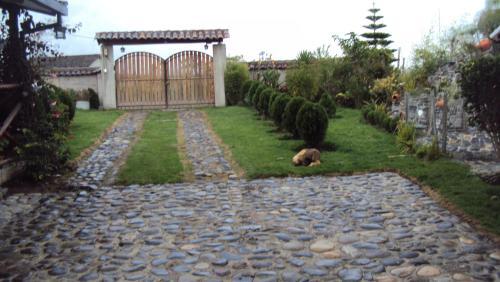 Hotel Pictures: Cabaña los Pinos, Hacienda Cotama