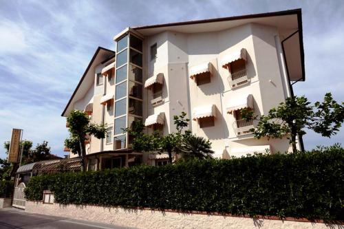 Villa Claudio Marina Di Massa