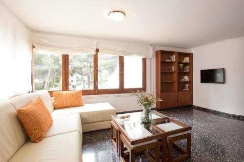 Hotel Pictures: Villa Can Borras, Port de Pollensa