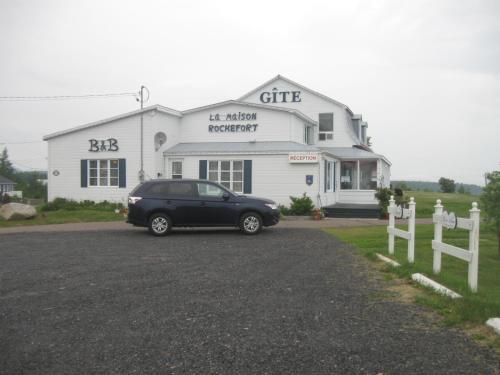 Hotel Pictures: Gite la Maison Rochefort, Baie-Sainte-Catherine