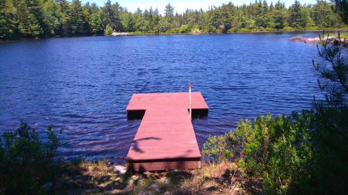 Lake side retreat