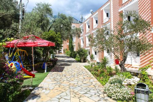 酒店图片: Noan Hotel & Resort, Dhërmi