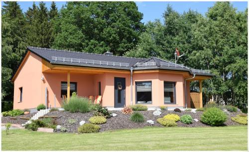 Hotel Pictures: Ferienhaus Am Ramberg, Friedrichsbrunn