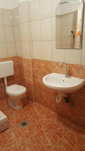 Hotellikuvia: B&B Tabhana, Visoko