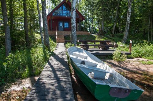 Hotel Pictures: Karujärve Camping, Paiküla