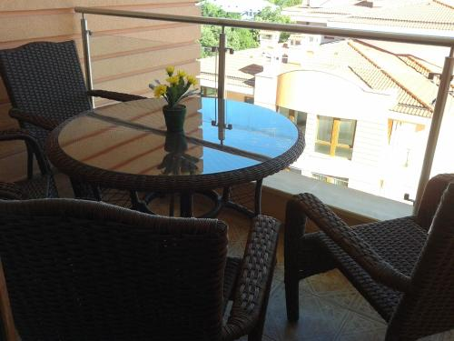 Fotos del hotel: Apartment in St. Constantine and Helena, Saints Constantine and Helena