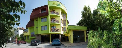 Green Hisar Hotel
