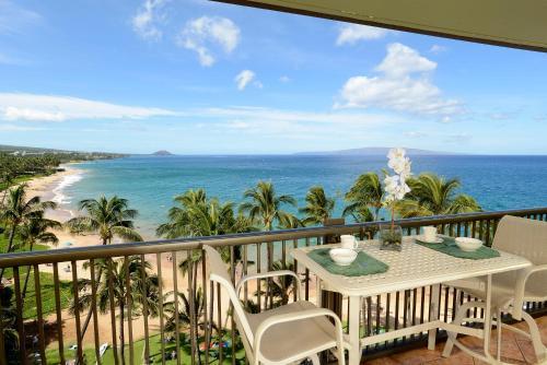 Mana Kai Maui 2BD Oceanfront Condo by CRH