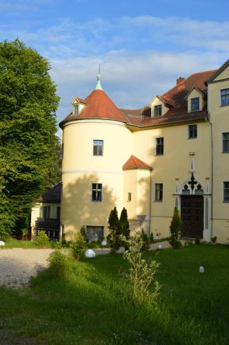 Hotel Pictures: Domizil im Schloß, Hummelshain