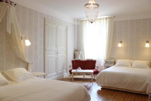 Hotel Pictures: , Égliseneuve-d'Entraigues
