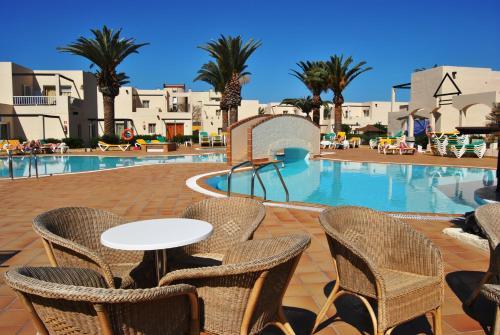 Hotel Pictures: Alisios Playa, Corralejo