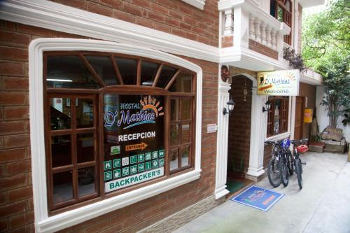 Hotel Pictures: Hostal D´Mathias, Baños