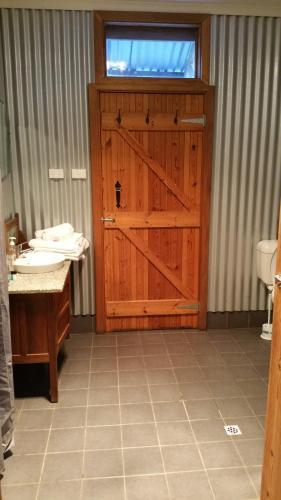 Fotos do Hotel: Stone Hut Cottages, Wirrabara