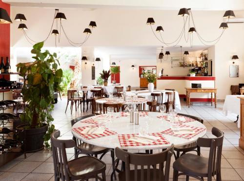 Hotel Pictures: Best Western Hôtel Le Paradou Avignon Sud., Montfavet