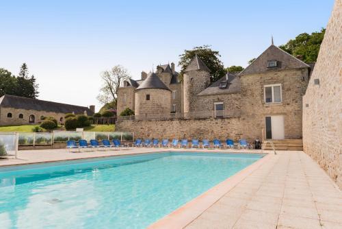 Hotel Pictures: , Plonéour-Lanvern
