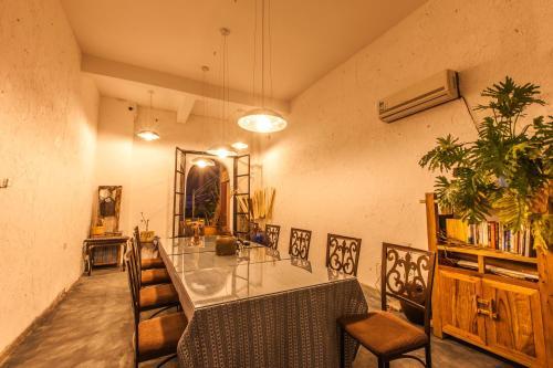 Hotel Pictures: Danxia Moutain Yuan Se Inn, Renhua