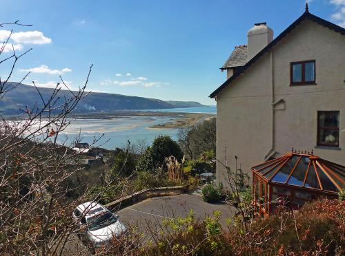 Hotel Pictures: Bryn Melyn Guest House, Barmouth