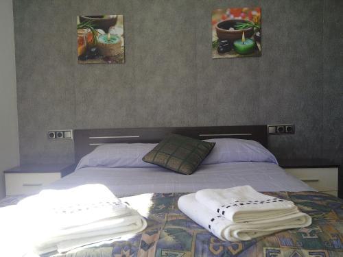 Фотографии отеля: Comapedrosa base apartment, Аринсал