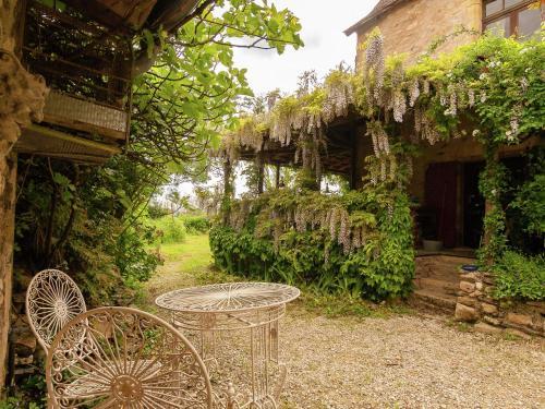 Hotel Pictures: , Saint-Médard-d'Excideuil