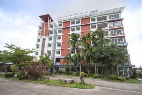 Santiphap Villa & Hotel