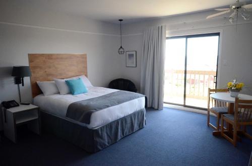 Hotel Pictures: Auberge du Port, Cap-aux-Meules