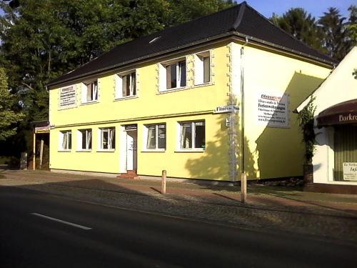 Hotel Pictures: Fitness Pension, Sulingen