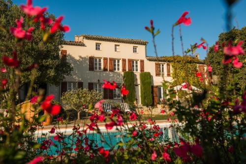 Hotel Pictures: Domaine Michaud, Roullens