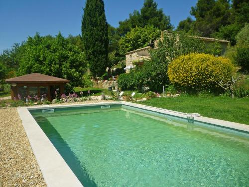 Holiday home Vaugines