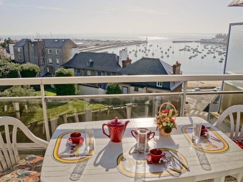 Hotel Pictures: , Saint-Quay-Portrieux