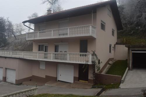 Hotelbilleder: Apartment Carica, Visoko