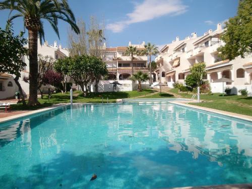 Hotel Pictures: Residencial Almadraba, Carrer del Mar