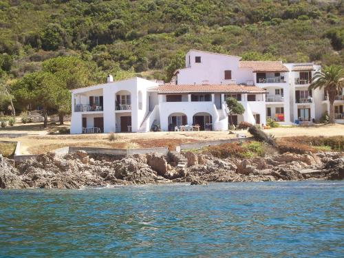Hotel Pictures: Punta Paliagi 1, Calcatoggio