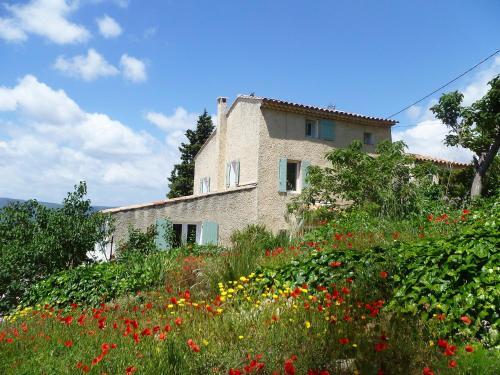 Hotel Pictures: La Roquette, Saint-Côme