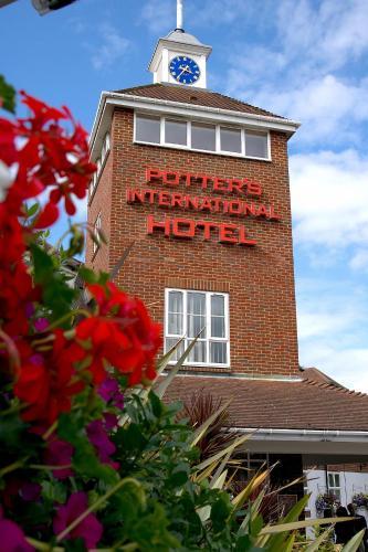 Hotel Pictures: Potters International Hotel, Aldershot