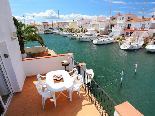 Holiday home Port Rhodes Empuriabrava