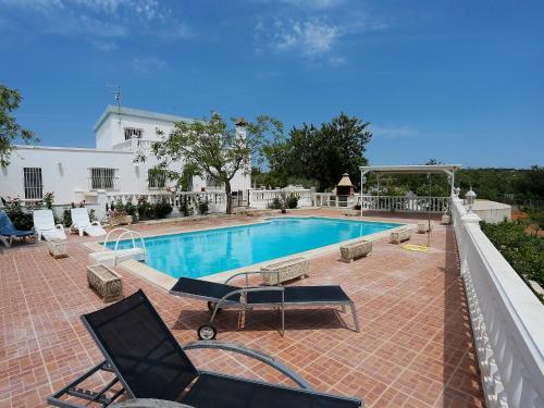 Hotel Pictures: Lo Pla de Callau, LAmpolla