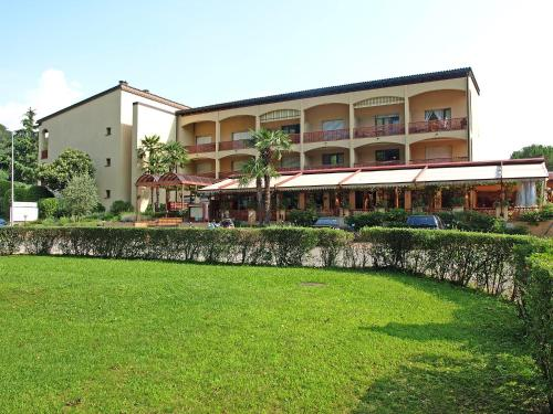 Hotel Pictures: Parcolago (Utoring) 4, Caslano
