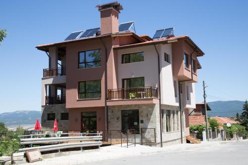 Hotel Pictures: Sveti Nikola Family Hotel Sapareva Banya, Sapareva Banya