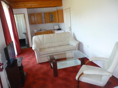 Hotel Pictures: , Velešín